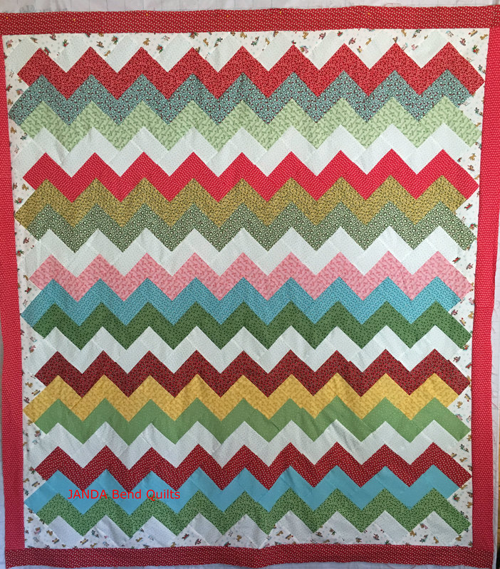 Christmas Zig A Zag Quilt on the Longarm - JANDA Bend Quilts