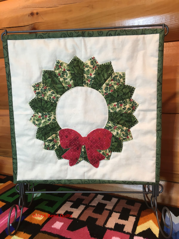 Picture of Quilt Block in Stand
